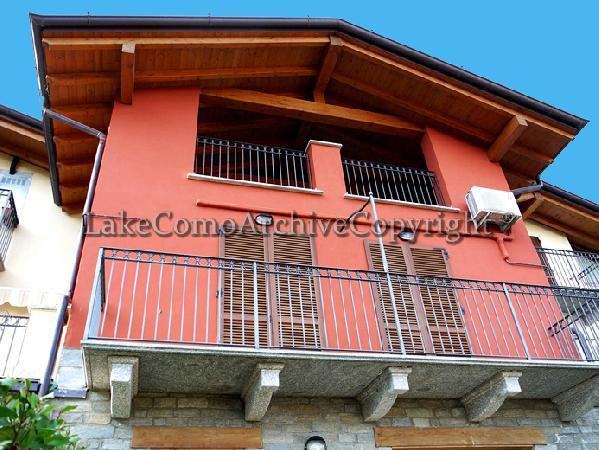 Apartment/Flat for sale in Loveno