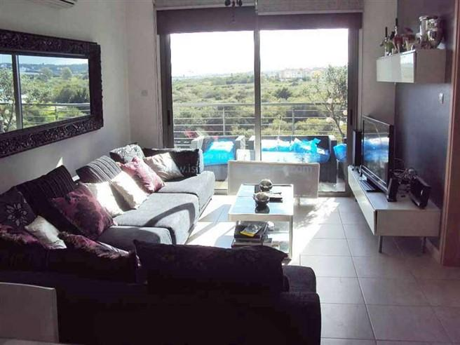 Apartment/Flat for sale in Ayia Trias