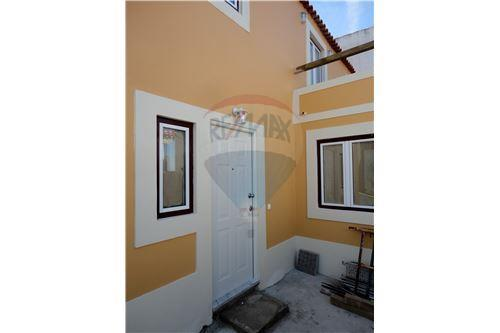 Townhouse for sale in Sintra
