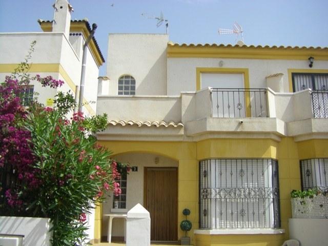 Townhouse for sale in Guardamar de la Segura