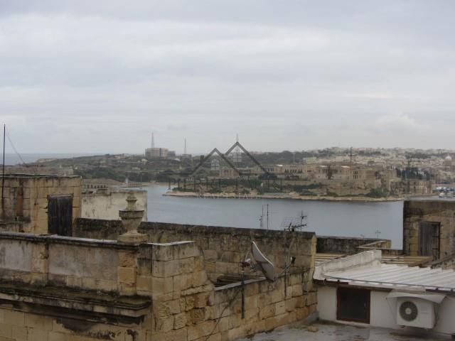 Townhouse for sale in Valletta