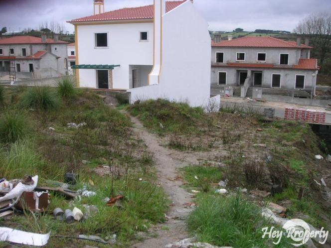 Land/Ruins for sale in Gradil
