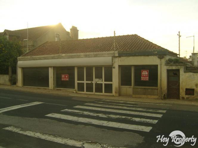 Commercial for sale in Mafra