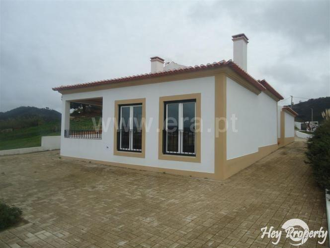 House/Villa for sale in Gradil