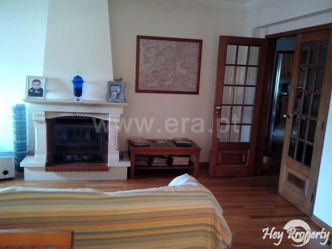 Apartment/Flat for sale in Malveira