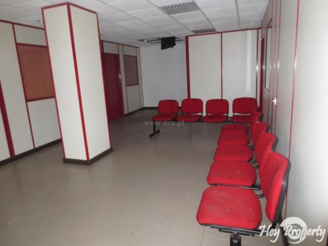 Commercial for sale in Malveira