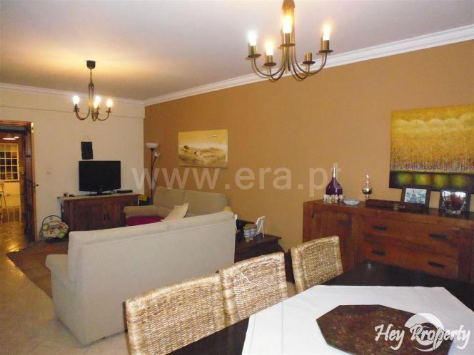 Apartment/Flat for sale in Milharado