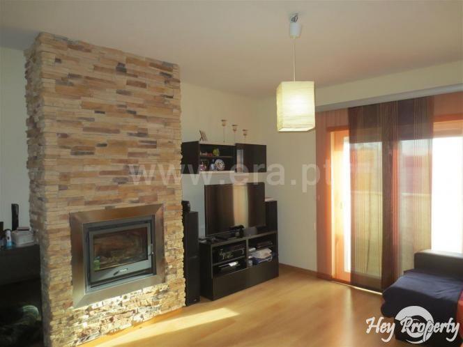 Apartment/Flat for sale in Venda do Pinheiro