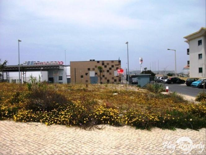 Land/Ruins for sale in Peniche de Cima