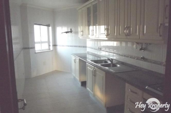 Apartment/Flat for sale in Serra do Bouro