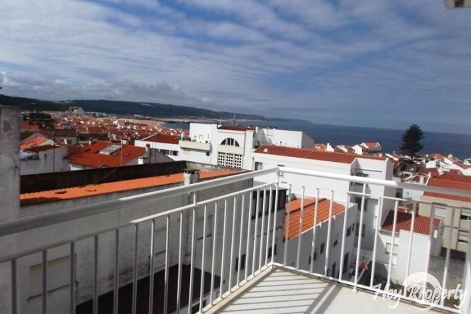 Apartment/Flat for sale in Nazare