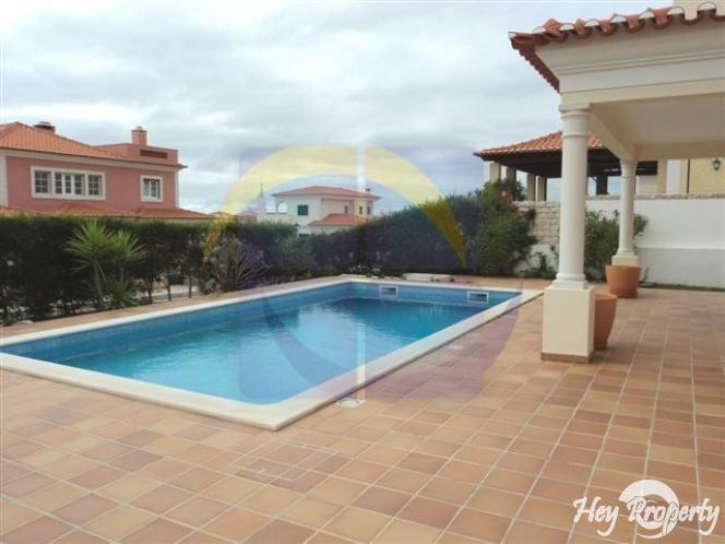 House/Villa for sale in Amoreira
