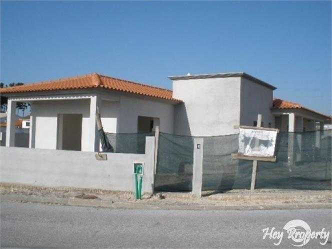 House/Villa for sale in Marinha Grande