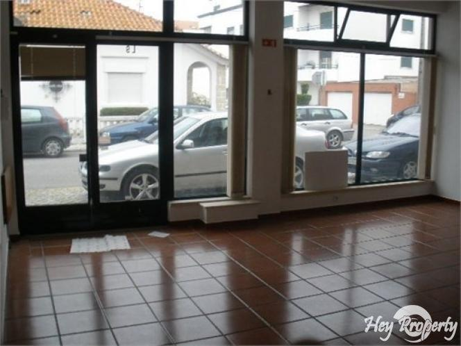 Commercial for sale in Marinha Grande