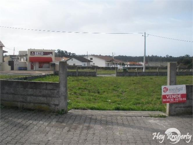 Land/Ruins for sale in Marinha Grande