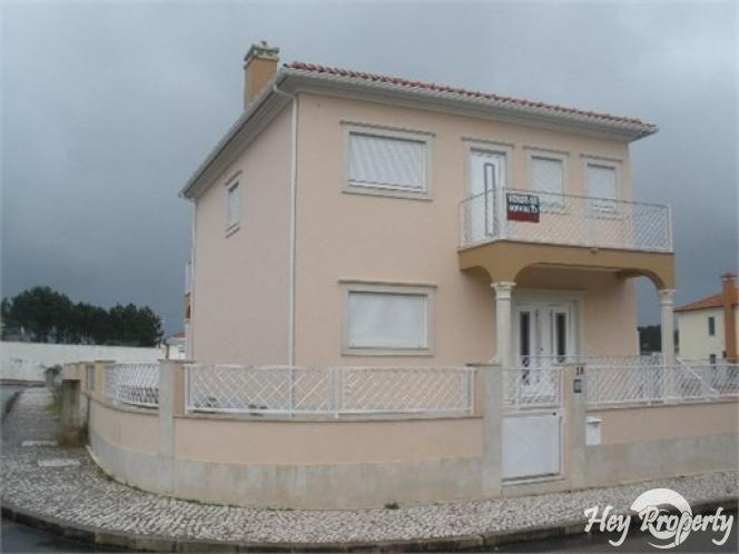 House/Villa for sale in Pataias