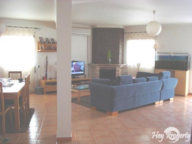 House/Villa for sale in Alfeizerao