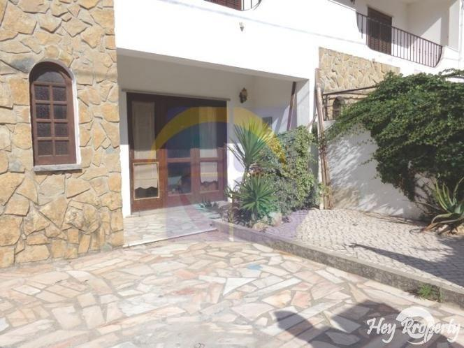 House/Villa for sale in Sao Martinho do Porto