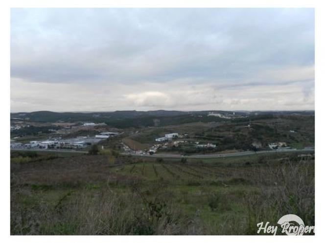 Land/Ruins for sale in Torres Vedras