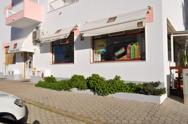 Commercial for sale in Porto de Lagos
