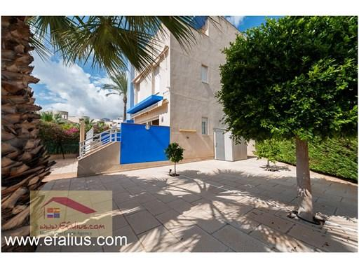 Townhouse for sale in Cabo Roig