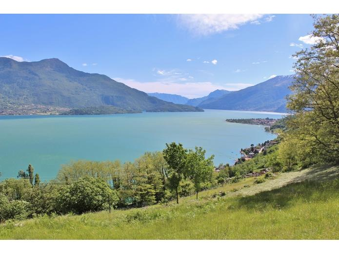 Land/Ruins for sale in Gera Lario