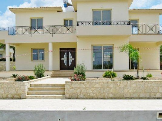 House/Villa for sale in Steni