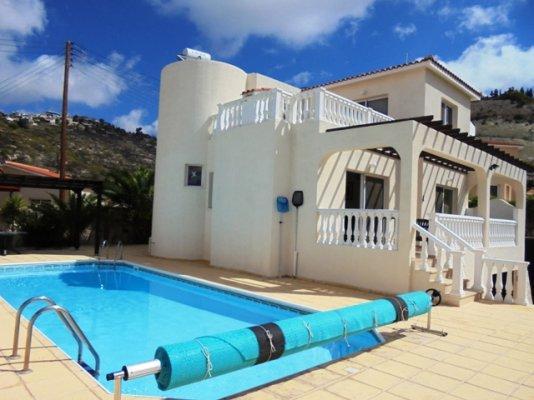 House/Villa for sale in Tsadha