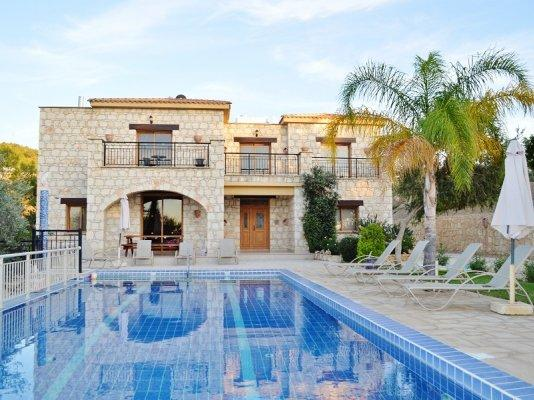 House/Villa for sale in Argaka