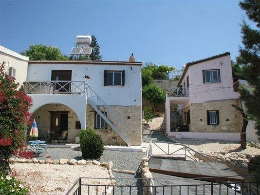House/Villa for sale in Armou