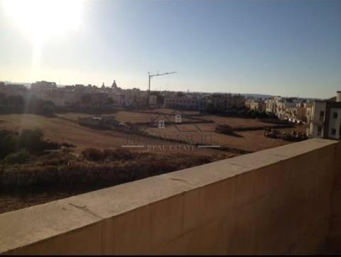 Penthouse for sale in Tarxien