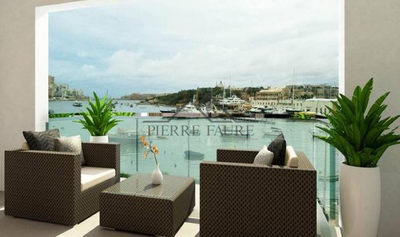 Penthouse for sale in Il-Gzira