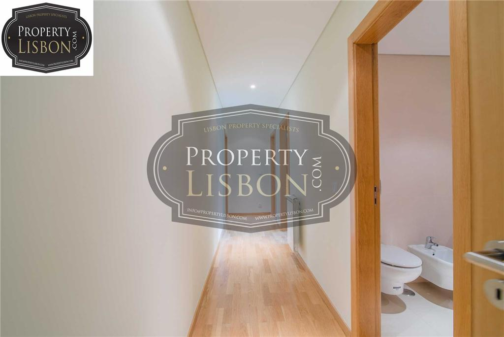 Apartment/Flat for sale in Alges