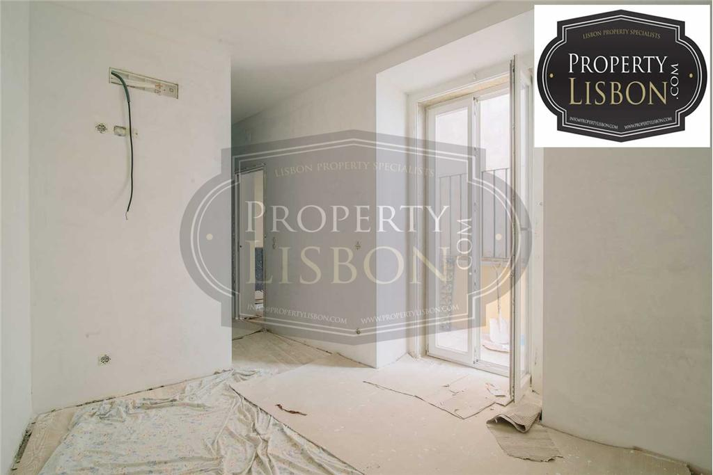 Apartment/Flat for sale in Principe Real