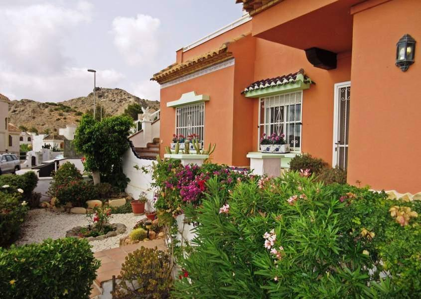 Bungalow for sale in Los Urrutias