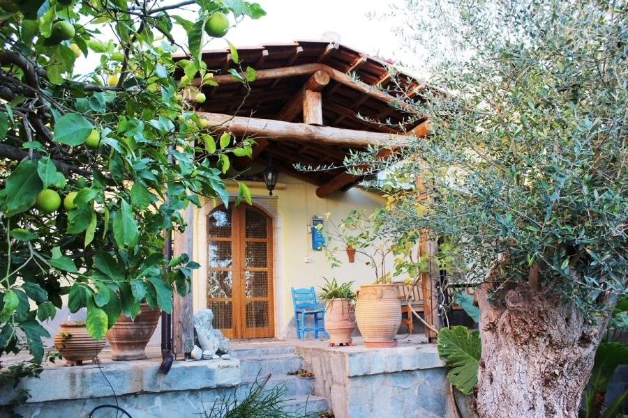 House/Villa for sale in Athens