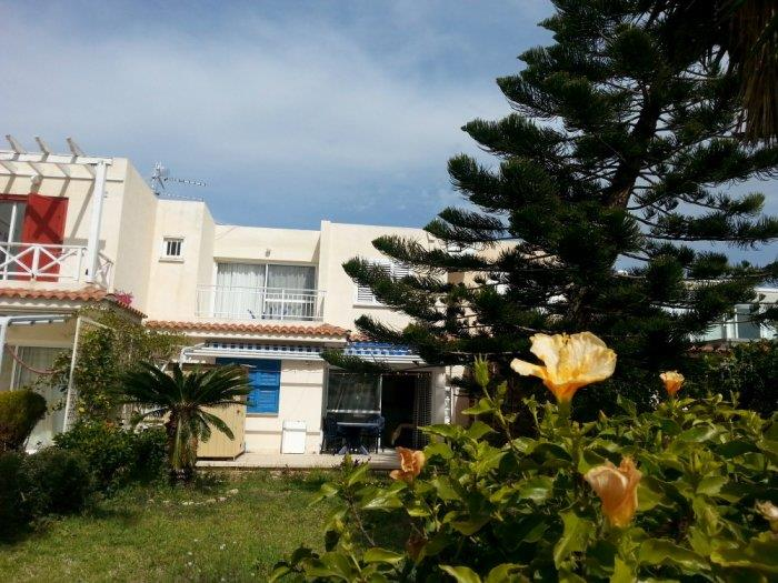 Apartment/Flat for sale in Coral Bay