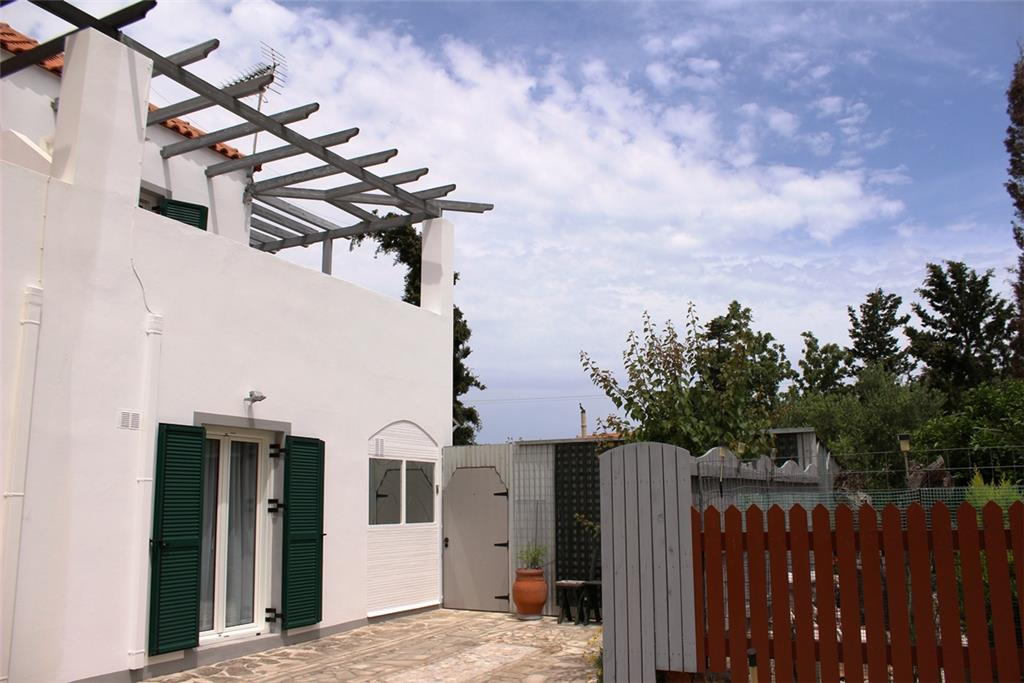 House/Villa for sale in Kefalas