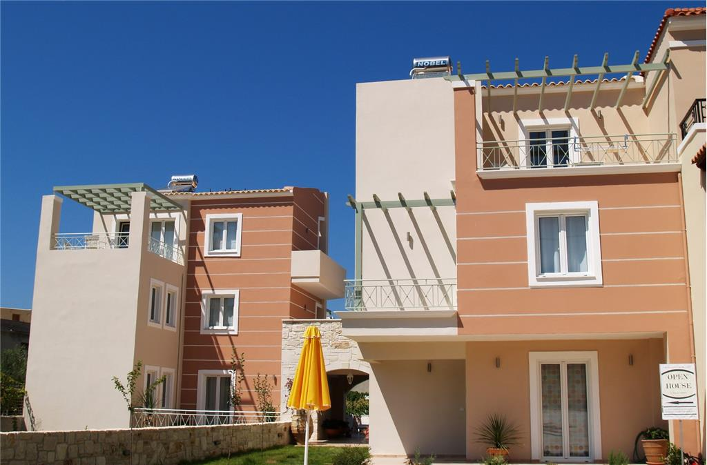 Apartment/Flat for sale in Almyrida