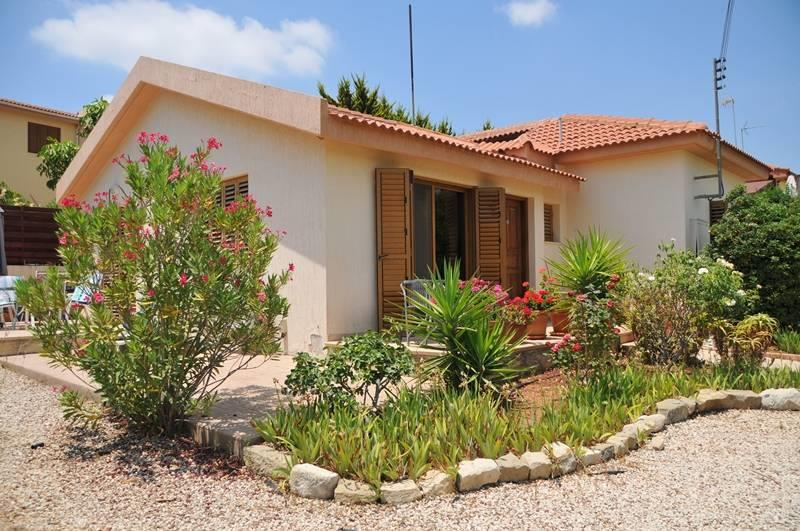 House/Villa for sale in Parekklisha