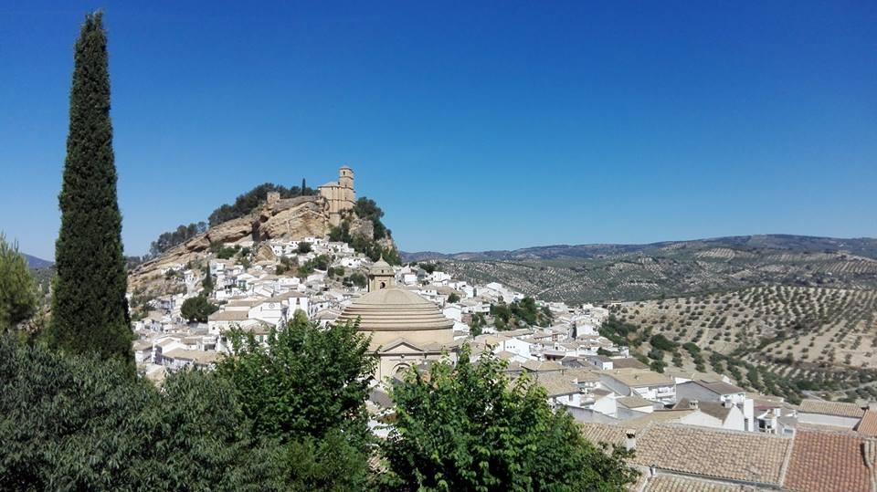 Townhouse for sale in Montefrio
