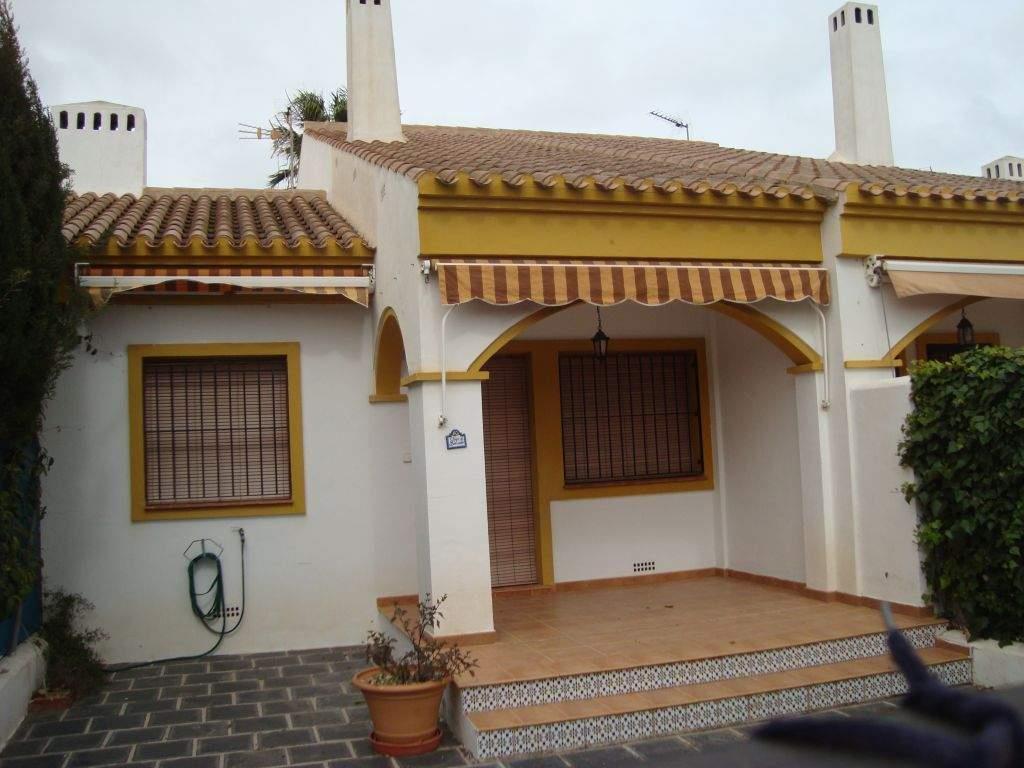 Townhouse for sale in Pilar de la Horadada