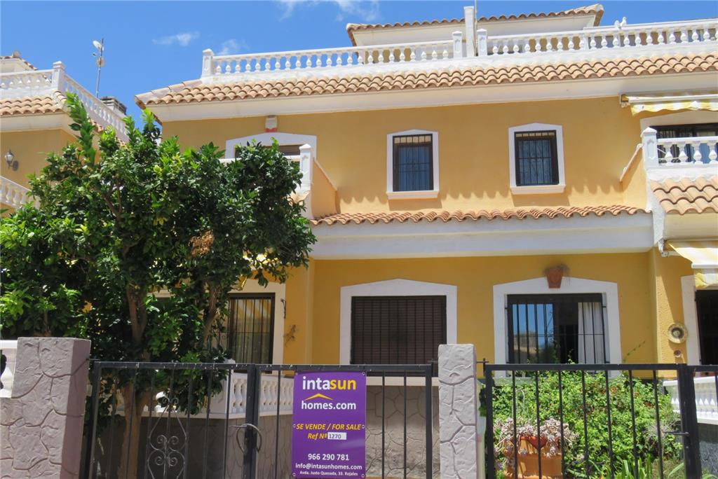 House/Villa for sale in Daya Vieja