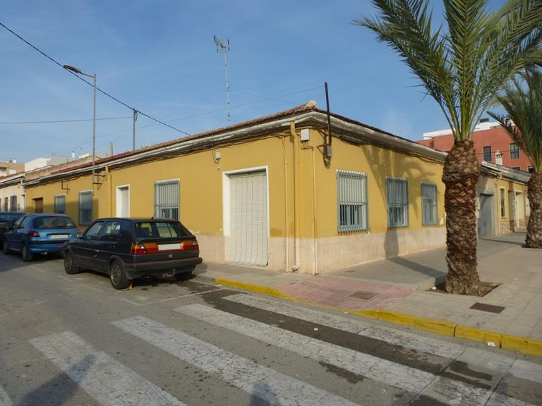 Bungalow for sale in Los Montesinos