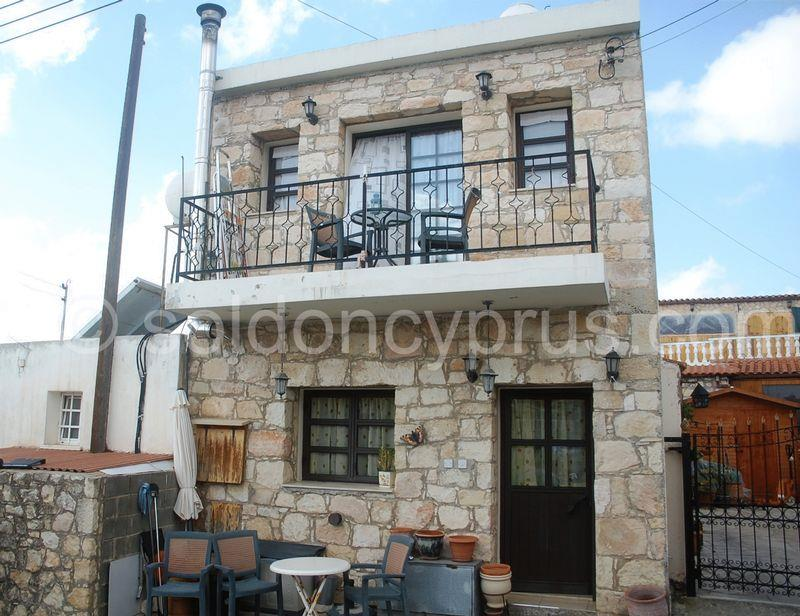 House/Villa for sale in Ayios Dhimitrianos