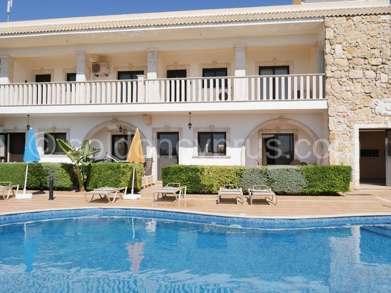 Apartment/Flat for sale in Phrenaros