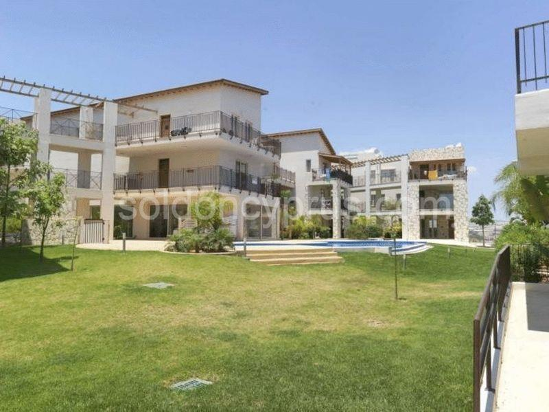 Apartment/Flat for sale in Oroklini