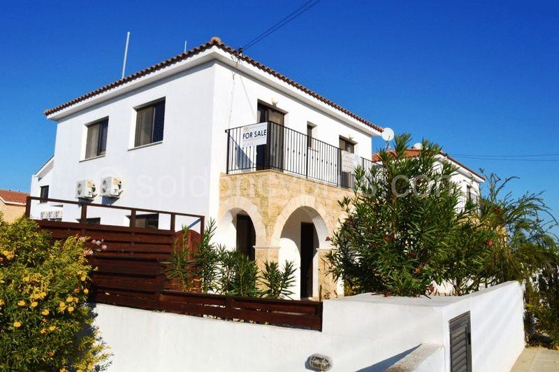 House/Villa for sale in Phrenaros