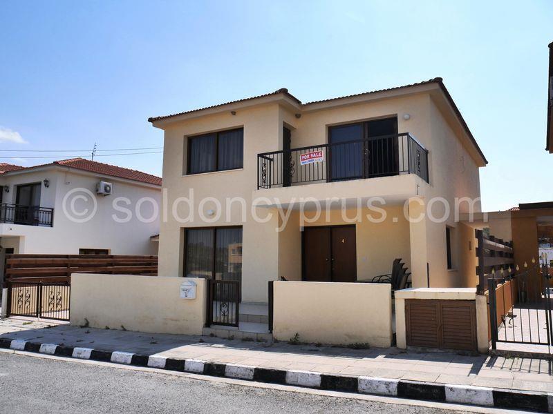 House/Villa for sale in Aletriko