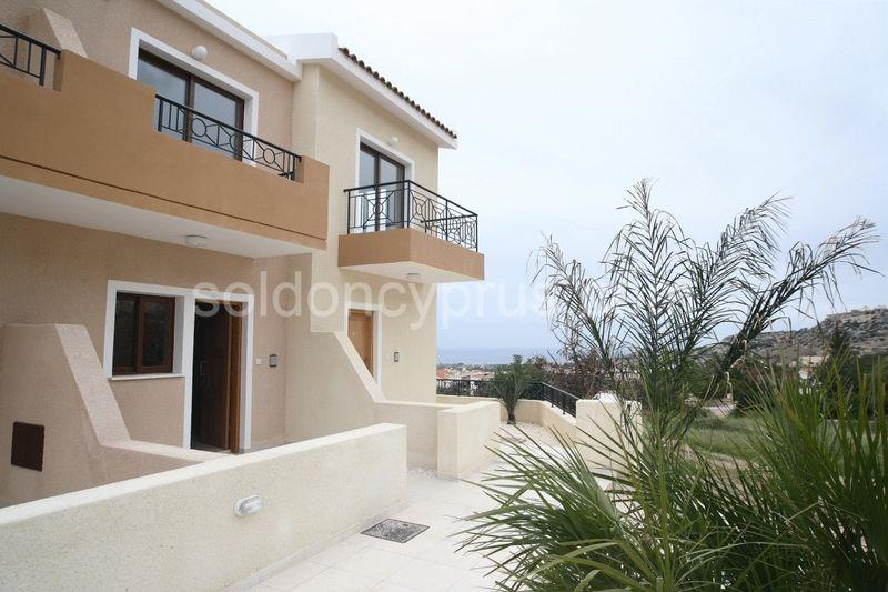 Townhouse for sale in Peyia